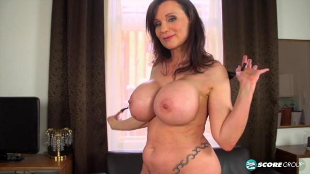 Mature Milf With Big Tits And Pierced Pussy XXX Full HD Porn Video 6