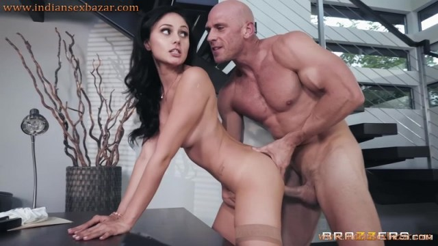 Secretary Ariana Marie Fucked By Boss Johnny Sins Full HD Porn And Office Sex XXX Photos 10