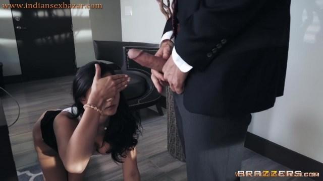 Secretary Ariana Marie Fucked By Boss Johnny Sins Full HD Porn And Office Sex XXX Photos 4