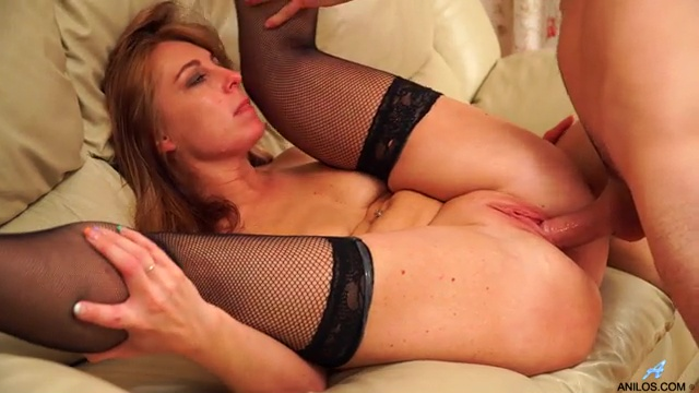 Russian Milf Fucked In Doggystyle By Stepson Full HD Porn Video And XXX Fucking Pic Gallery 6
