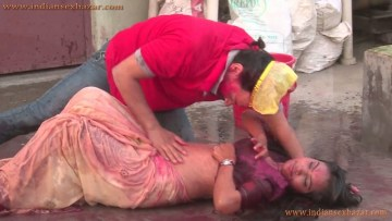 होली पर कुँवारी बहन को शराब पिलाकर चोदा Hindi Sex Story Brother And Sister 5