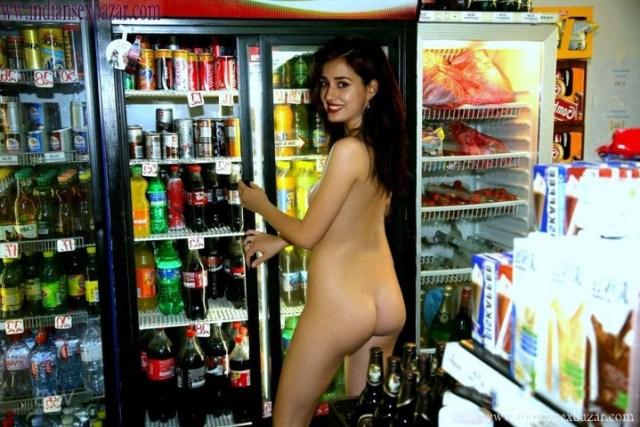 Indian Bollywood Film Actress Disha Patani Nude Fucking Porn Pic XXX Sex Photos FREE Download (2)