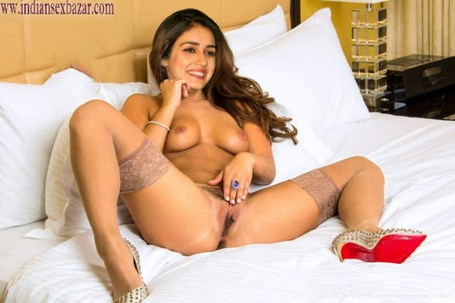 Indian Bollywood Film Actress Disha Patani Nude Pussy Fingering In Bedroom Porn Pic XXX Photos FREE Download