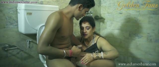 Devar-Ko-Masturbation-हस्तमैथुन-Karte-Dekh-Bhabhi-Garam-Ho-Gai-Indian-Porn-Movie-And-XXX-Pictures-4