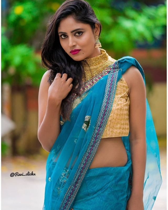 Sexy and Hot Indian Girl In Blue Color Cotton Saree and Cut Sleeves Blouses or Sleeveless Blouse (5)
