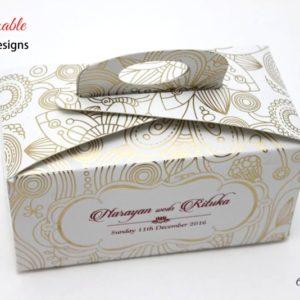 Gift-Handle-Favour-Box-Sheeba-2
