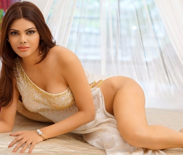 All Sultry Glances Of Sherlyn Chopra Best Role Known From Kamasutra 3d With Recent Pictures On Instagram