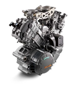 2014-KTM-1290-Super-Duke-R-engine-021