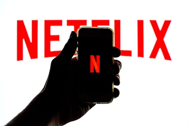 Netflix Earnings Stock Share Price Q1