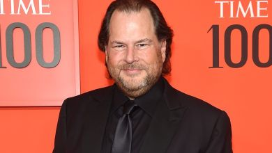 Photo of Salesforce CEO Marc Benioff Reveals Possession in Elon Musk's SpaceX