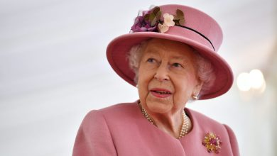 Photo of Queen Elizabeth Starts Summer Family vacation in Scotland at Balmoral Castle