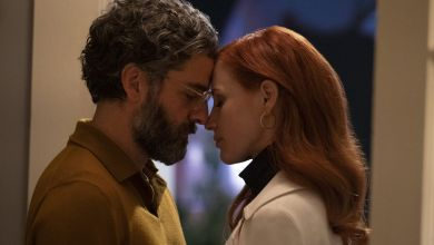 Photo of HBO's Scenes From a Marriage Creator on Oscar Isaac & Jessica Chastain