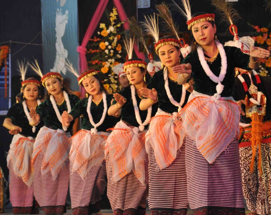 manipur traditional costumes