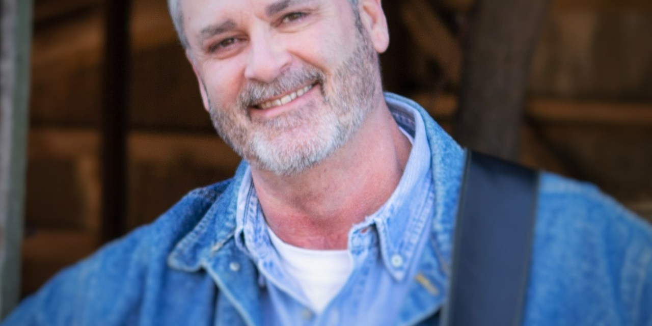 """Randy Seedorff Lets Christian Country Shine Through On """"Never Alone"""""""