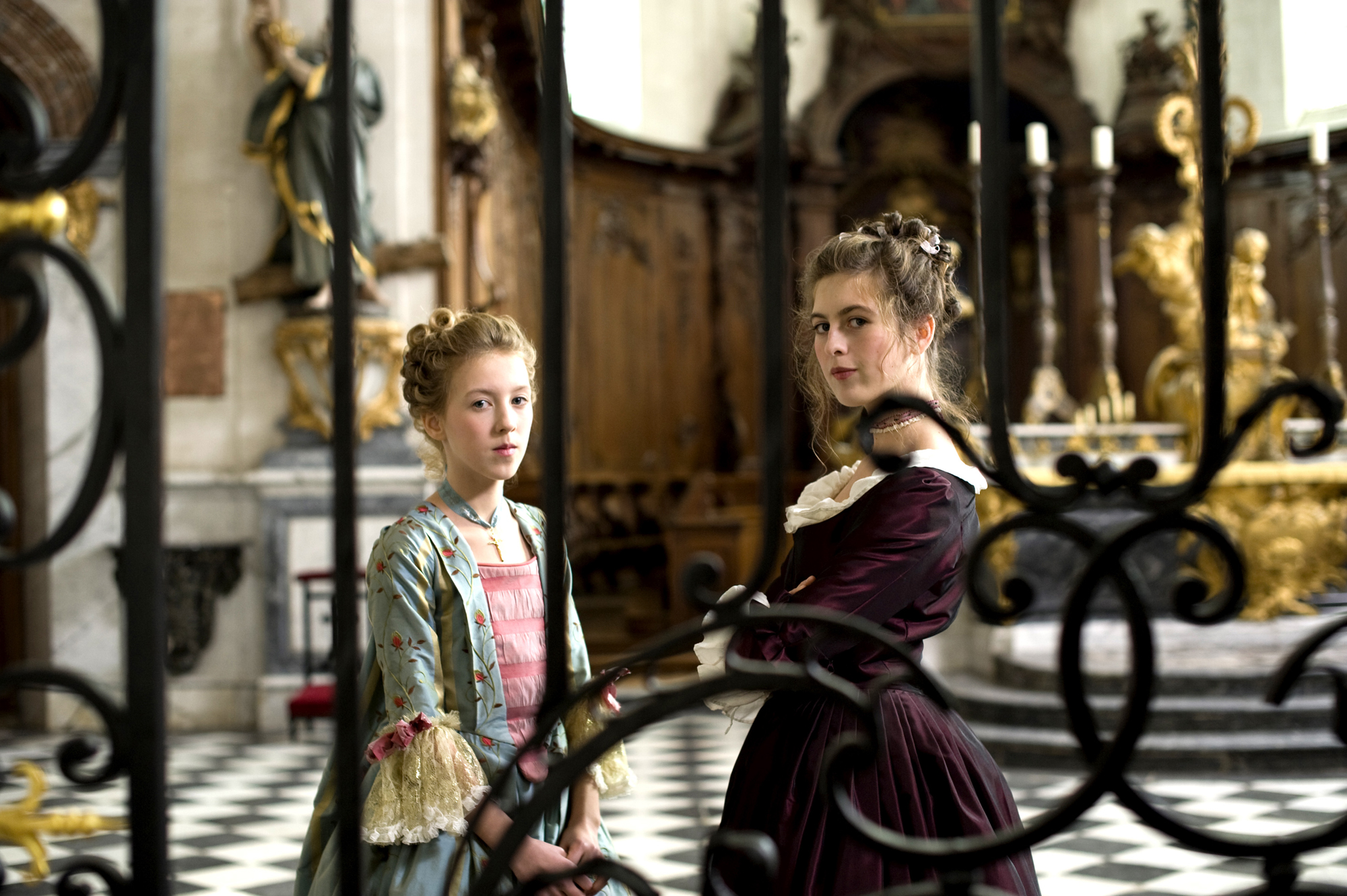 Louise de France (Lisa Féret) and Nannerl Mozart (Marie Féret) in Mozart's  Sister. Film Still courtesy of Music Box - Independent Ethos