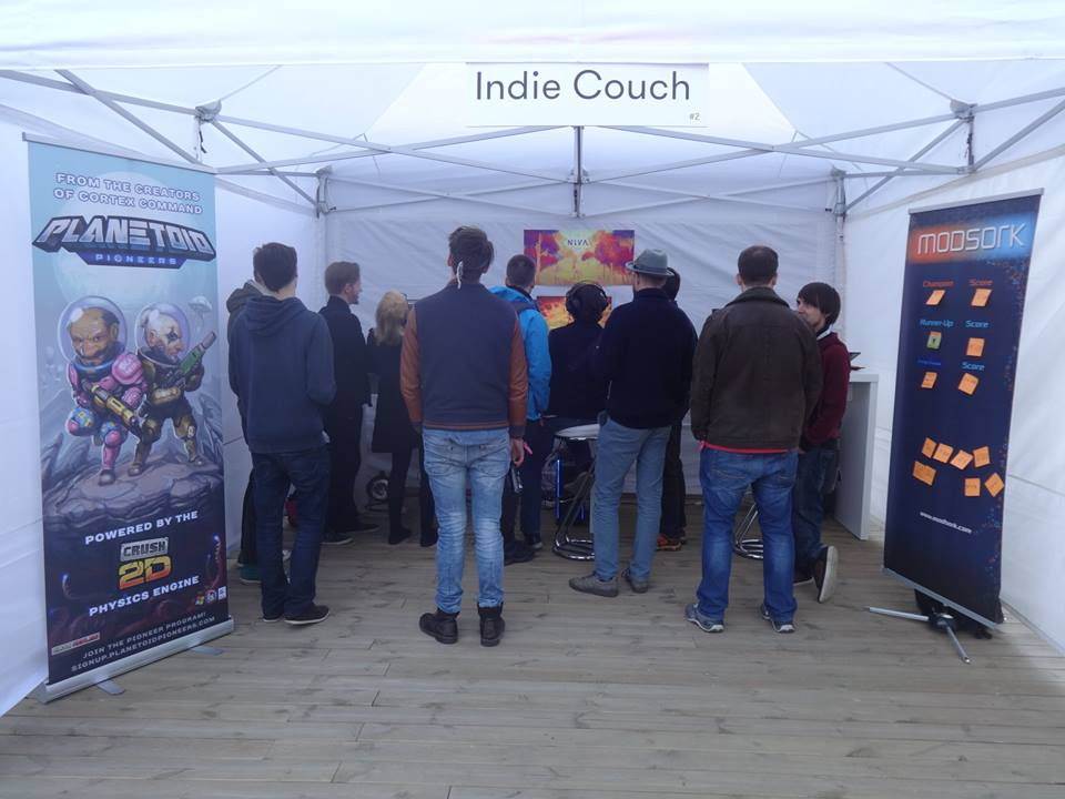 indiecouch tent