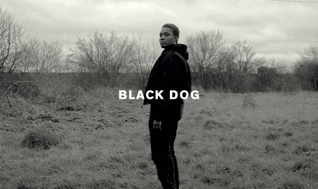 arlo-parks-black-dog