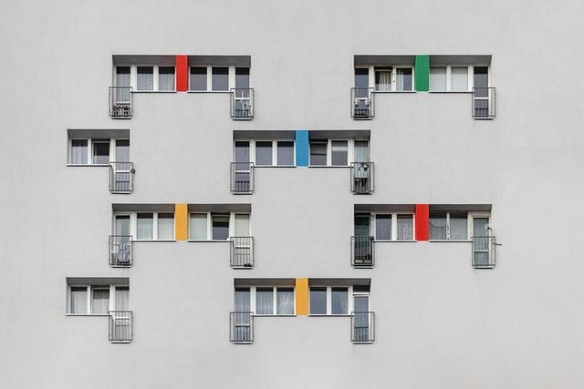 Photo by Paweł Czerwiński on Unsplash
