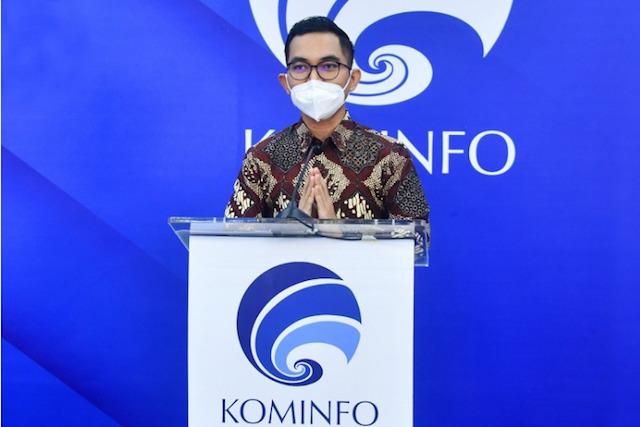 Dedy Permadi, Juru Bicara Kementerian Kominfo memberikan keterangan hasil investigasi (Foto via www.kominfo.go.id)