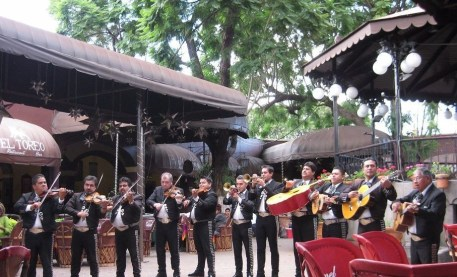 el parian outdoor mariachi