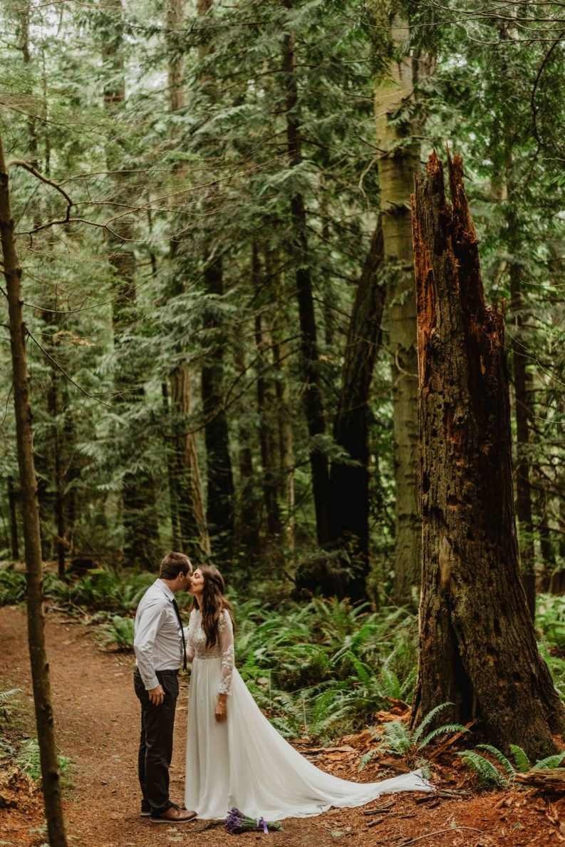 Elopement Adventure Photographer