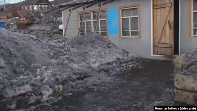 Черный снег Киселевска