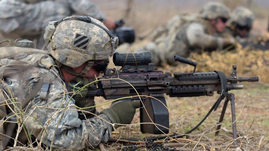 Een leger om te huren: Trump wil geld verdienen door Amerikaanse soldaten te verhuren
