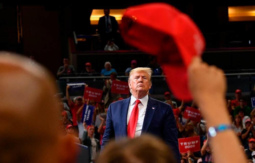 Trump's Kick-Off Rally demonstreert wat de president het beste doet