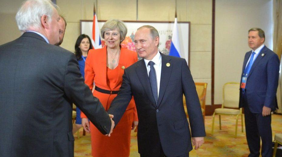 May waarschuwt de wereld voor Poetin