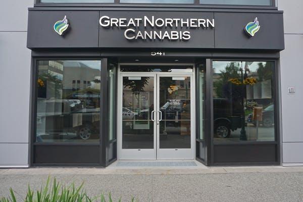 Economie van het legaliseren van cannabis – prijsstelling en politie zijn cruciaal