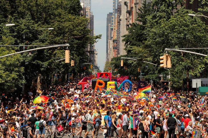 Miljoenen vieren LGBTQ-pride in New York