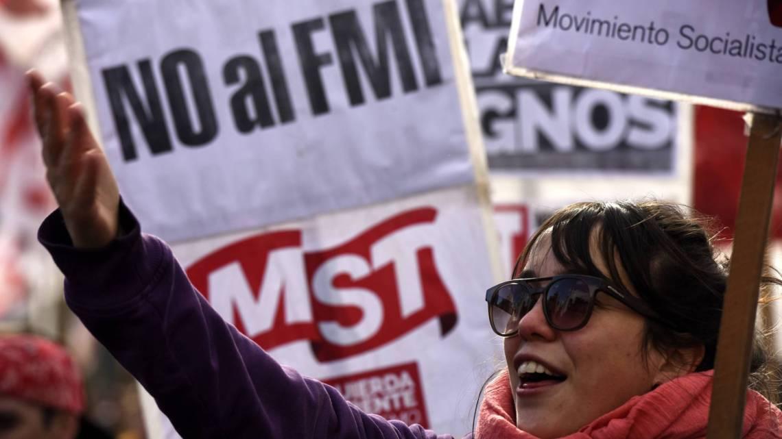 Een beursdaling van één dag van 48%! Er vindt momenteel een grote financiële crisis in Argentinië plaats