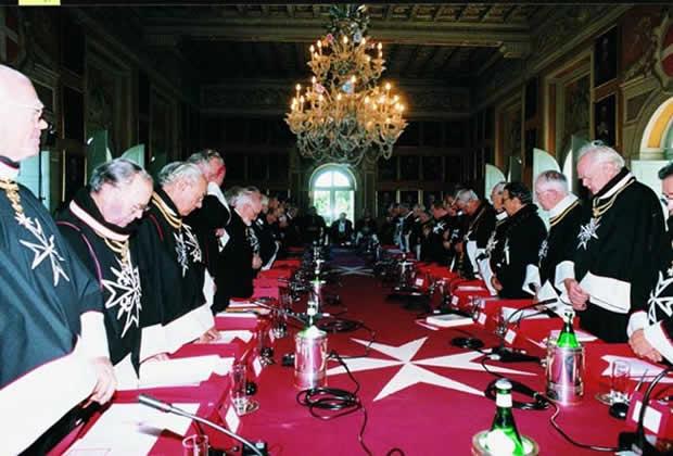 Ons Nazi-Koningshuis, Hoog in de Orde van de Elite