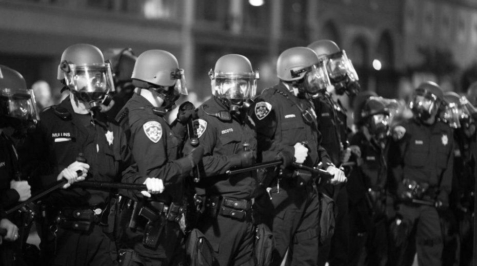 De opkomst van de Amerikaanse Gestapo