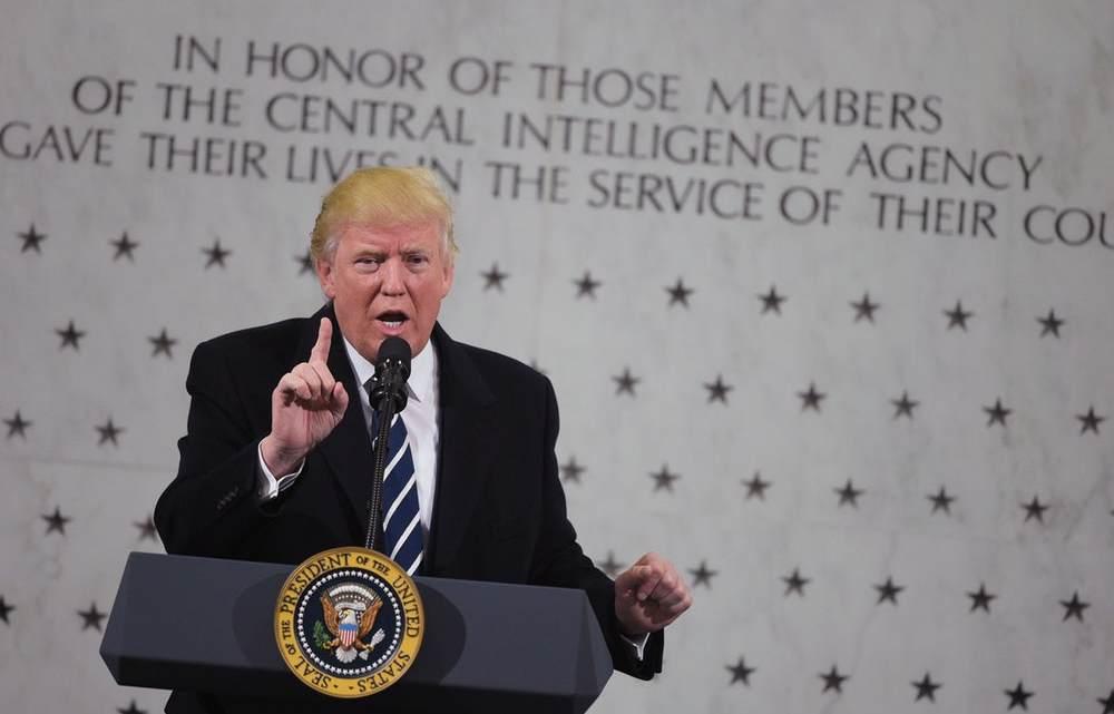 Democraten zitten gevangen in Trump's 'Deep State'-oorlog