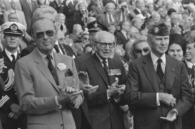 Market Garden; Prins Bernhard is geen legende maar angsthaas
