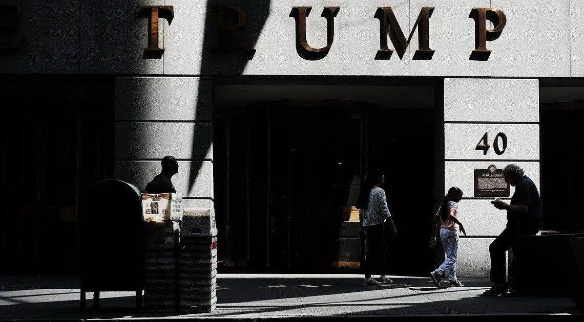 Nooit eerder gezien Trump belastingdocumenten vertonen grote inconsistenties