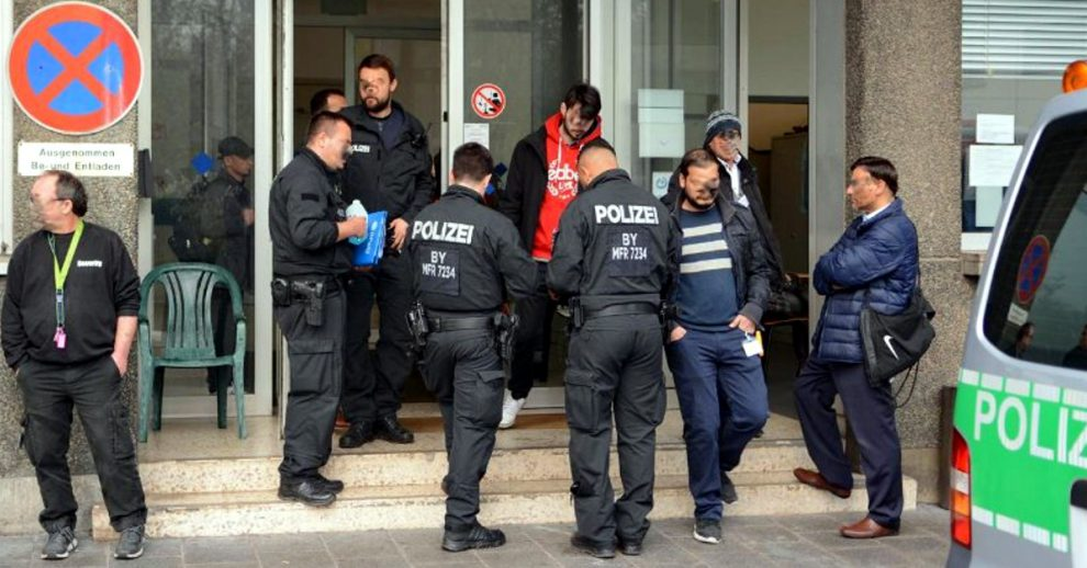 Hepatitis Horror: besmette migranten verkrachtten Duitsers in het Beierse Fürth