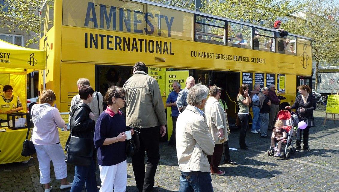 Amnesty International: Facebook en Google vormen gevaar voor mensenrechten