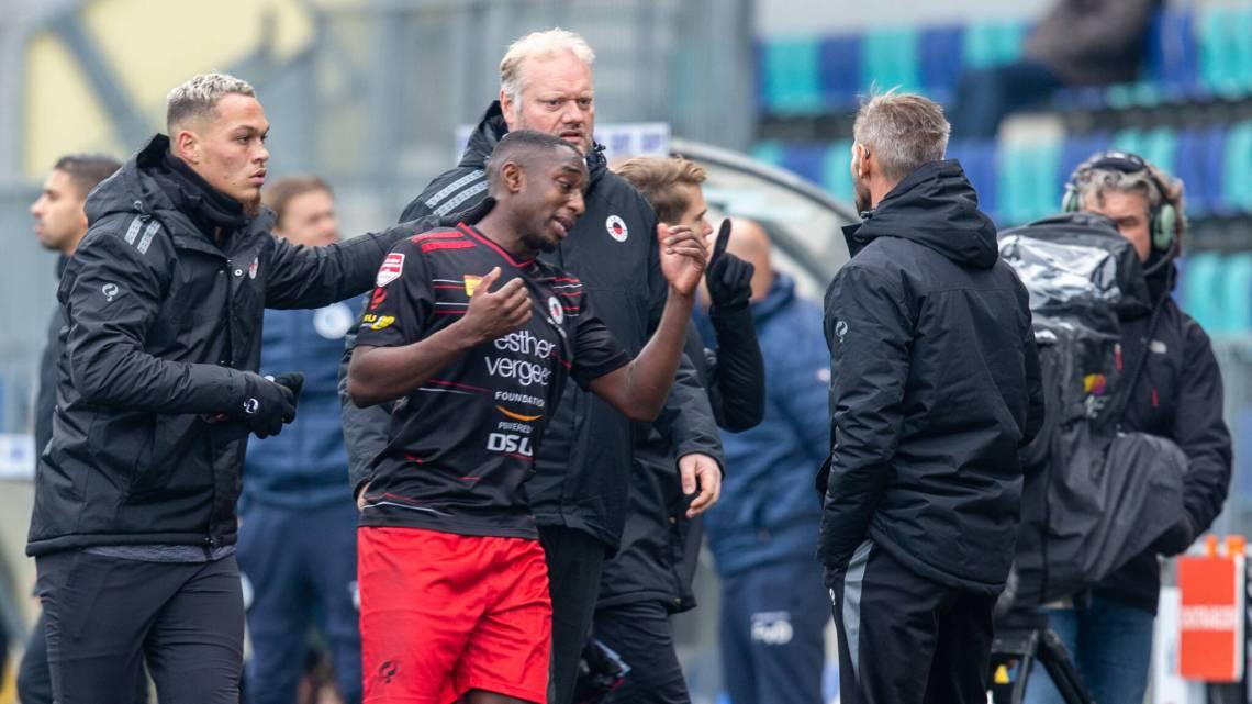 'Racisme in voetbal gaat veel verder dan geschreeuw op tribune'