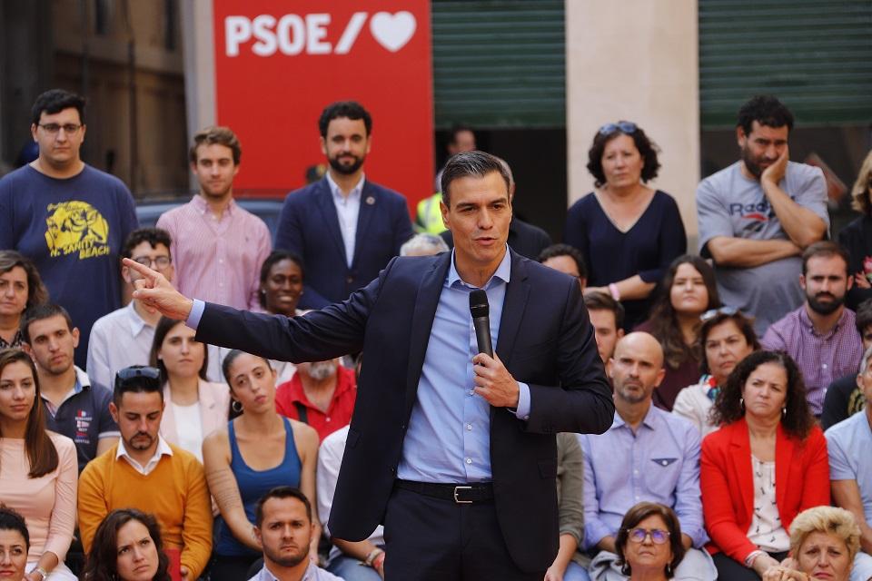 Spaanse premier Pedro Sánchez verkeert gegokt