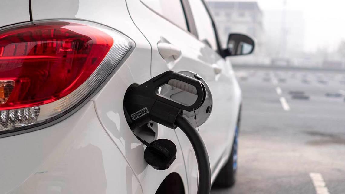 De elektrische voertuigen Greenwash van de EU