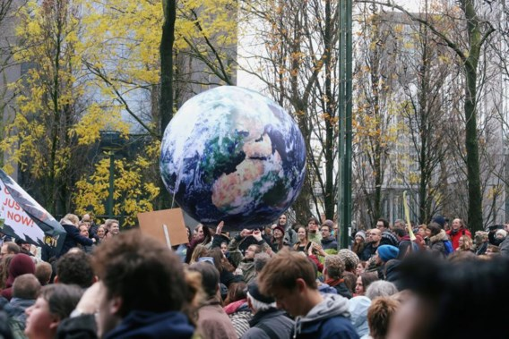 Als de opwarming van de aarde wordt veroorzaakt door mensen, dan moeten we vrije handel en immigratie bestrijden!