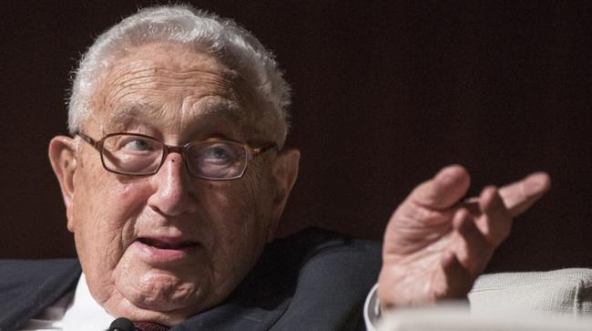 """Voormalig staatssecretaris Henry Kissinger: """"VS is niet langer een uni-macht"""""""