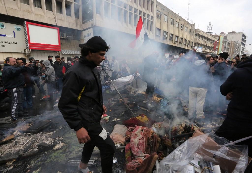 Iraakse troepen ontruimen gewelddadig protestgebieden in Bagdad en Basra