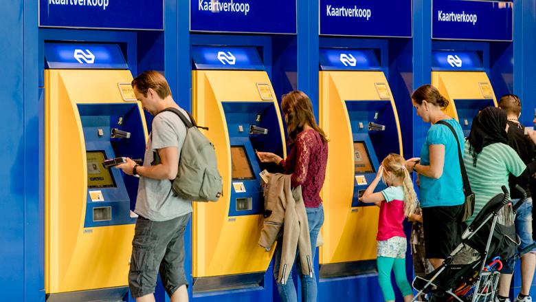 Rot op met je prijsverhoging! belast de koning en houd het openbaar vervoer betaalbaar
