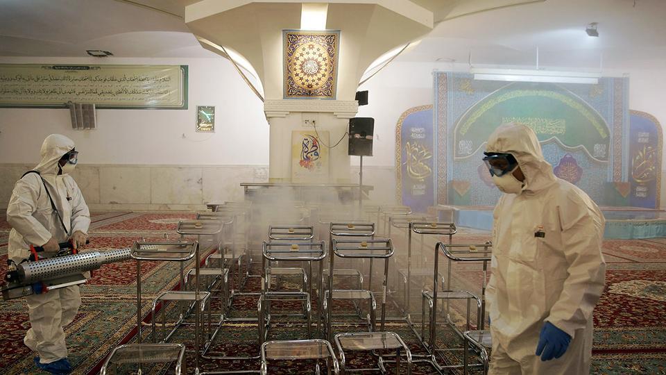 Iran zegt 54 doden omdat coronavirus zich sneller verspreidt dan gedacht