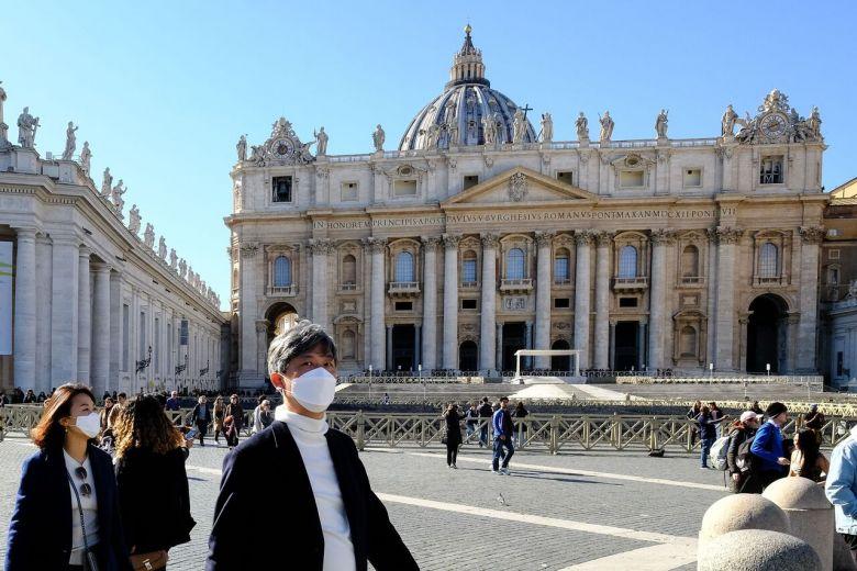 Vaticaan meldt eerste geval van coronavirus binnen zijn muren