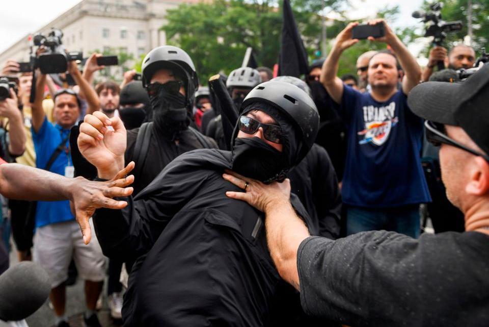 Antifa Explosion – Hoe de Week van 2 novembereruit zal zien (als Trump wint)