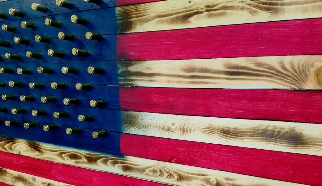 Trump stelt voor om presidentsverkiezingen uit te stellen als gevolg van stemmen per post